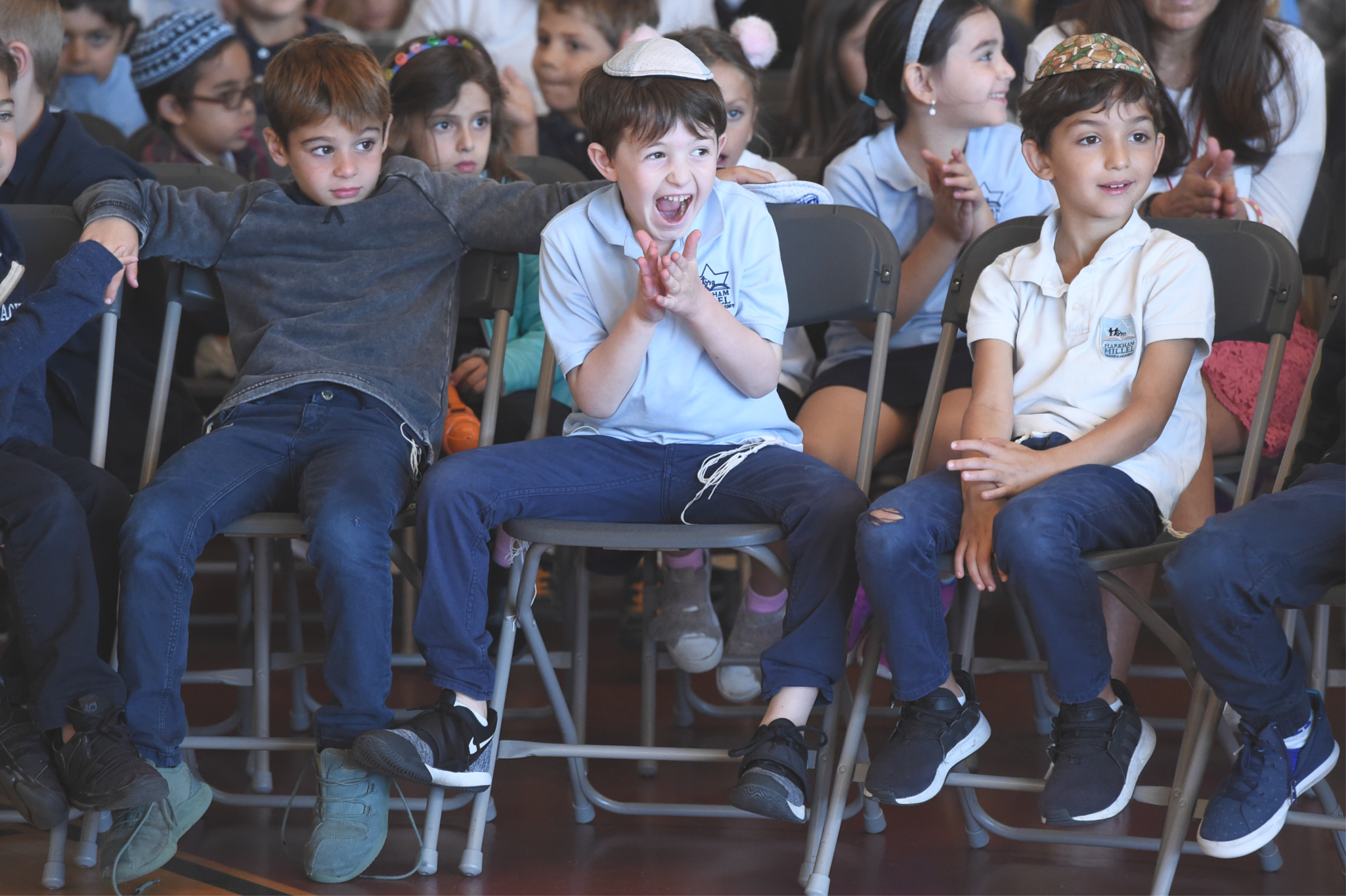 Florette Benhamou Notification Who will it be? Harkham Hillel students can't wait to find out which teacher will be honored.